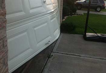 Garage Door Off Track | Galewood | River Forest, IL